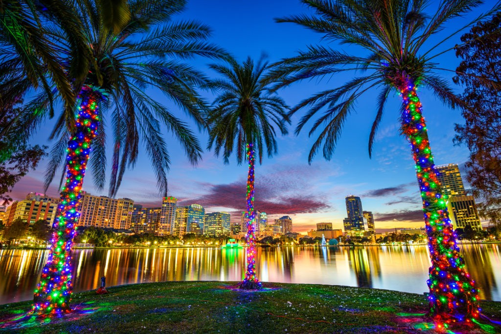 Orlando, Floryda, USA w centrum miasta od jeziora Eola.