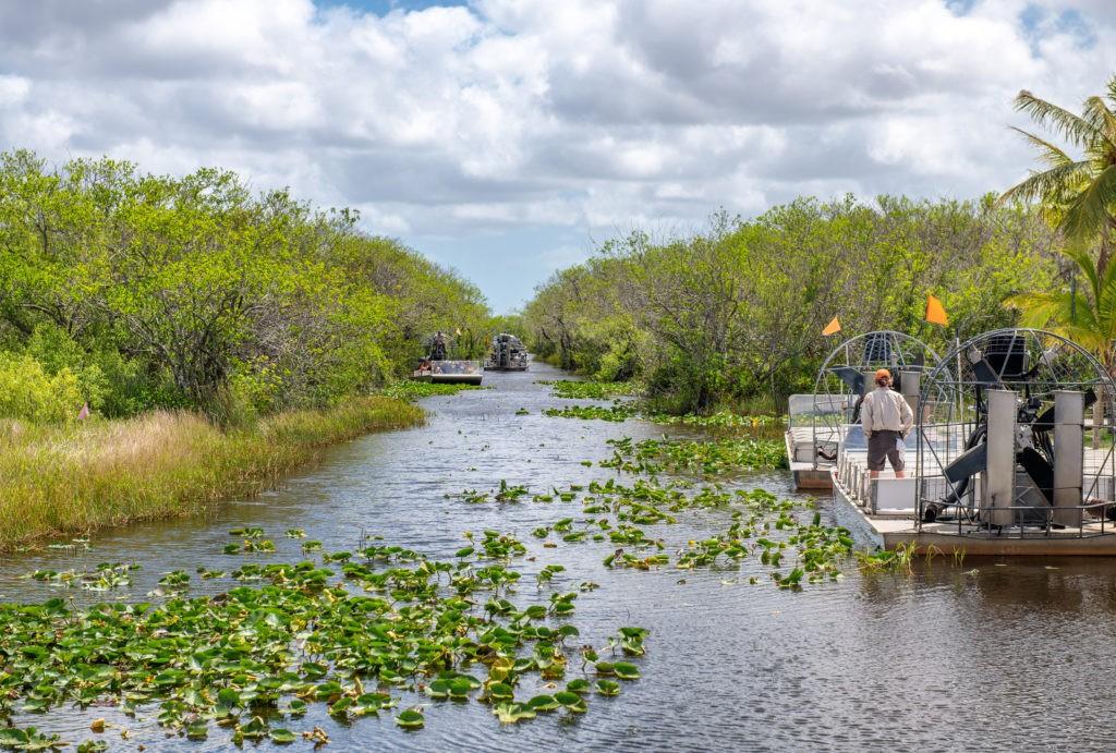 Wycieczki samolotem w Parku Narodowym Everglades na Florydzie.