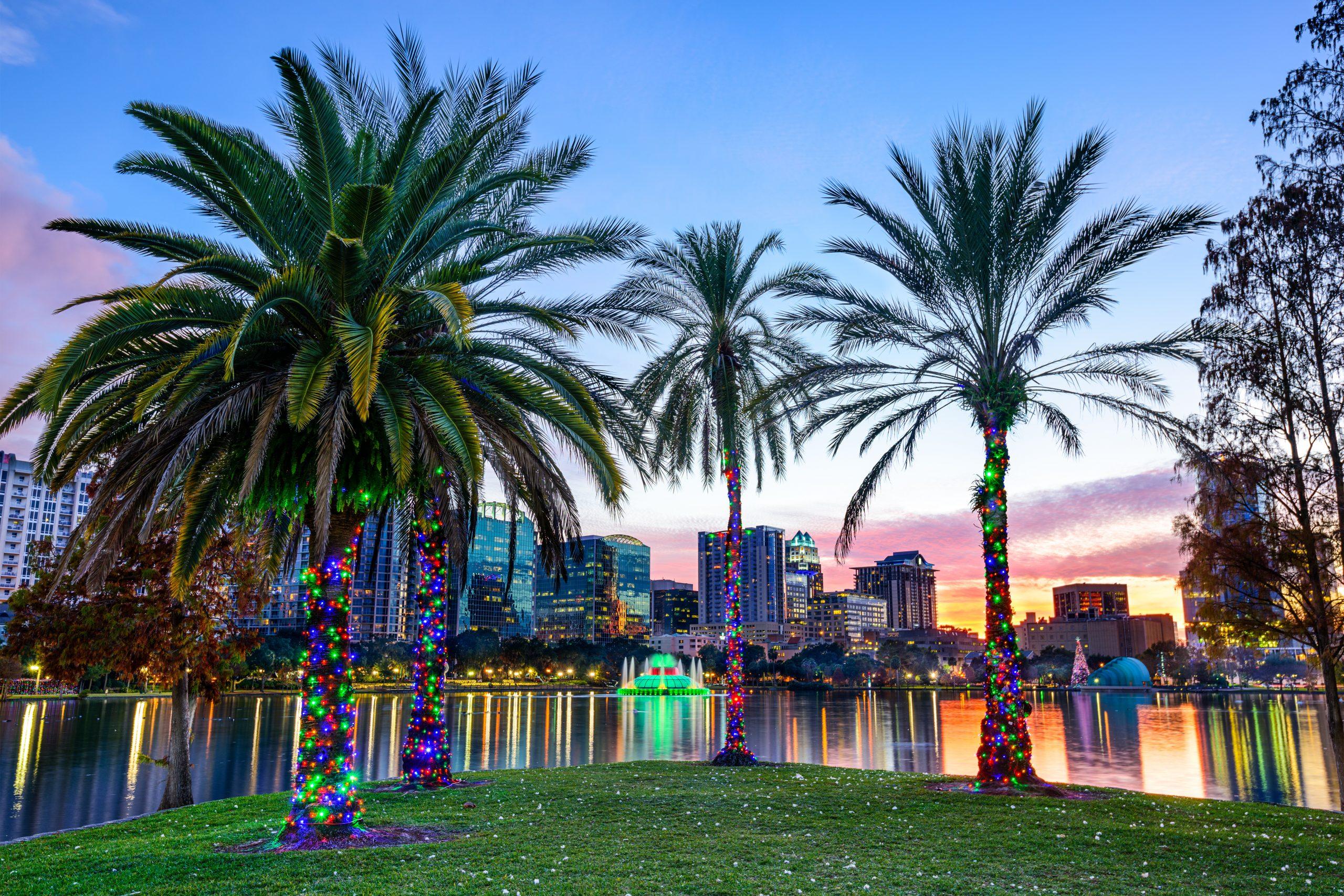 Wakacje na Florydzie, Orlando d jeziorem Eola.