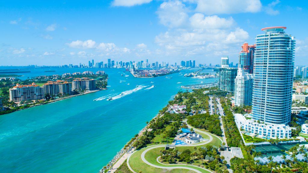 Widok z lotu ptaka South Pointe Park. Miami Beach. Floryda. USA.